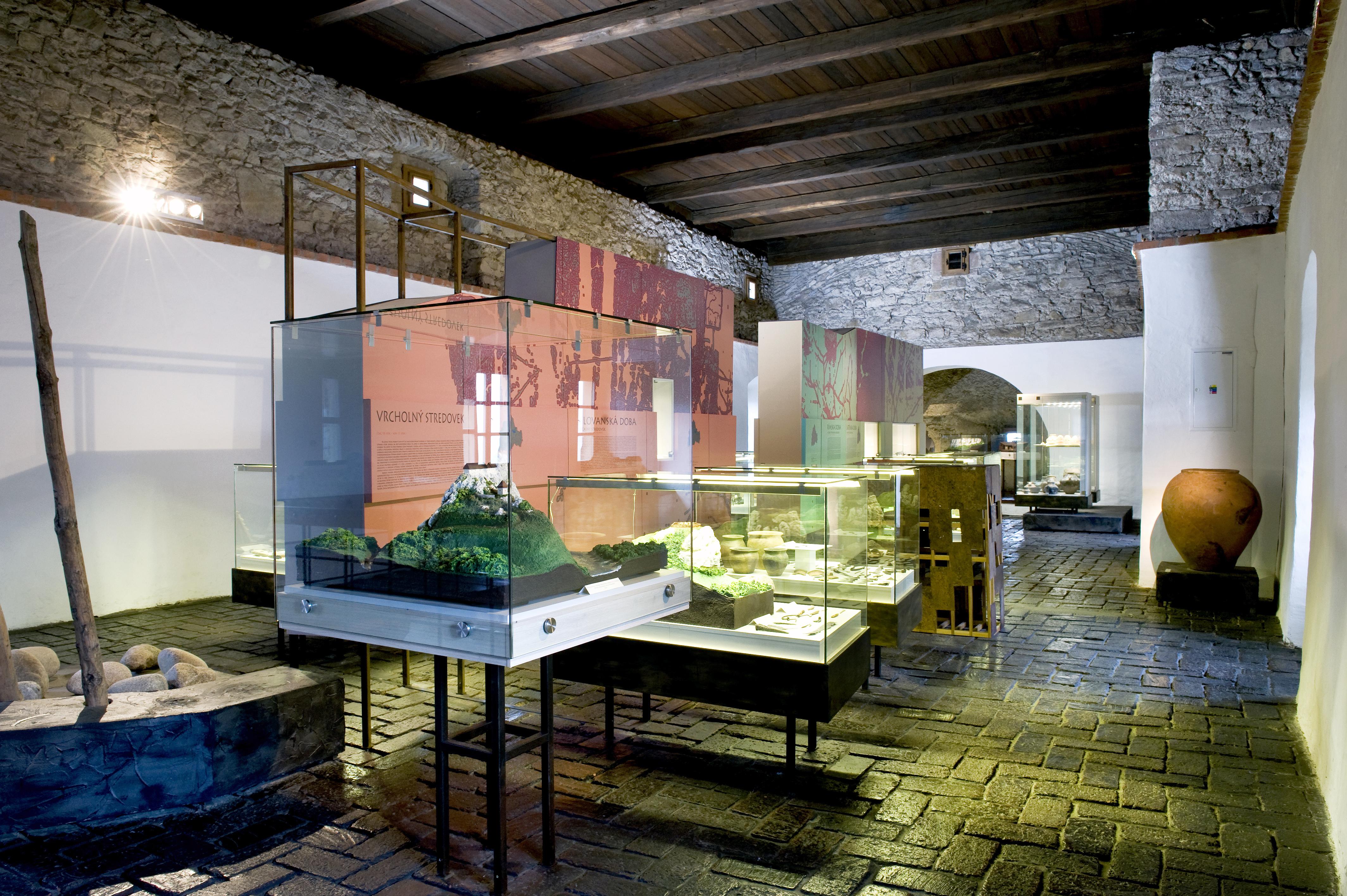 archeologicka expozicia.